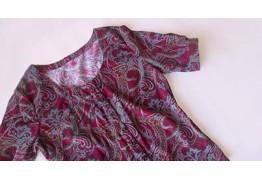 Блузка с круглым вырезом и коротким рукавом