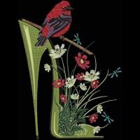 Дизайн машинной вышивки Туфелька с полевыми цветами скачать