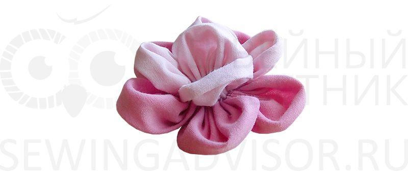 Цветок из лепестков